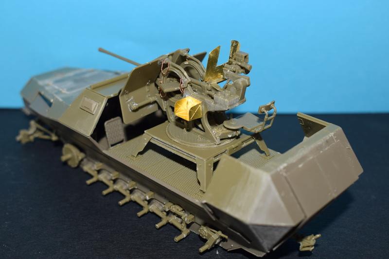 Sd.Kfz.251/17 Ausf.C - AFV CLUB au 1/35e Dsc_0718