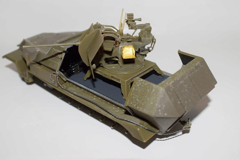 Sd.Kfz.251/17 Ausf.C - AFV CLUB au 1/35e - Page 2 Dsc_0728