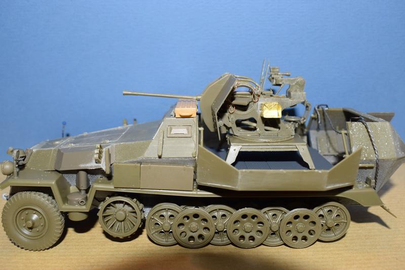 Sd.Kfz.251/17 Ausf.C - AFV CLUB au 1/35e - Page 2 Dsc_0812