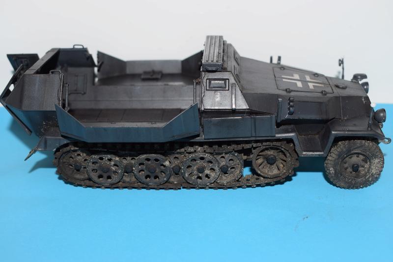 Sd.Kfz.251/17 Ausf.C - AFV CLUB au 1/35e - Page 3 Dsc_0849
