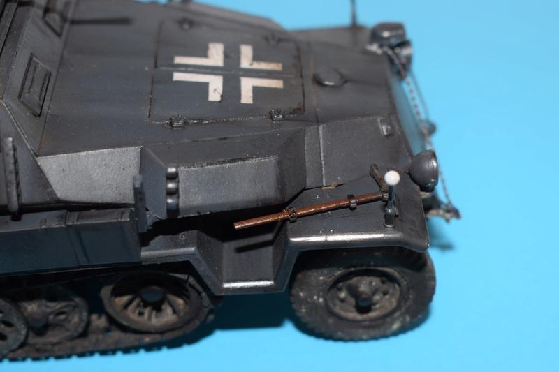 Sd.Kfz.251/17 Ausf.C - AFV CLUB au 1/35e - Page 3 Dsc_0878