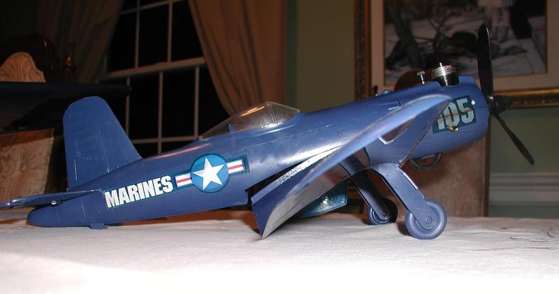 F4U-1 and Cox Mini-Me's Corsai44