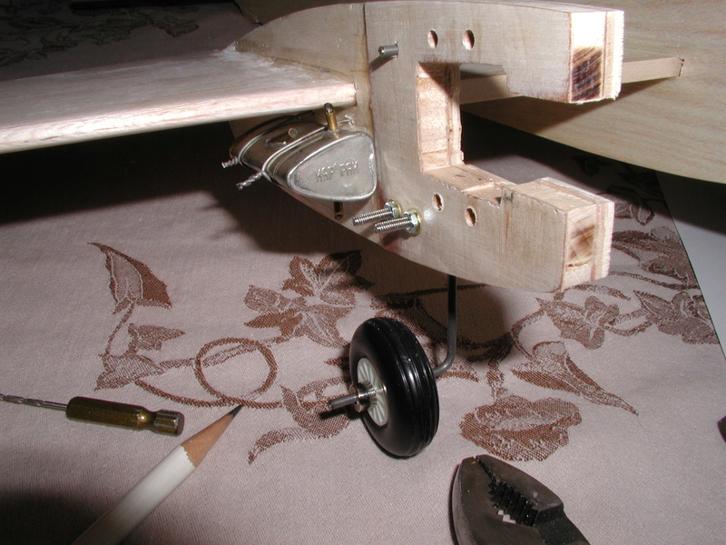 BH models Mosquito build - Page 3 Fuel_t10