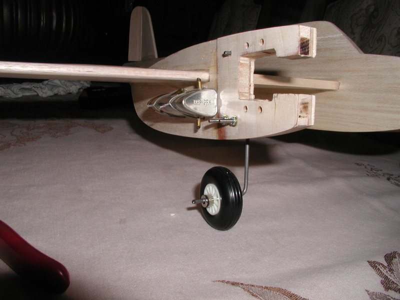 BH models Mosquito build - Page 3 Fuel_t13