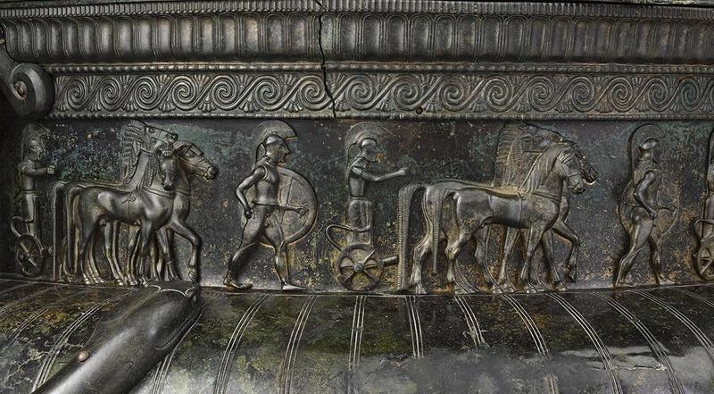 [Archéologie] Princesses et princes celtes - Page 2 Vix_0910