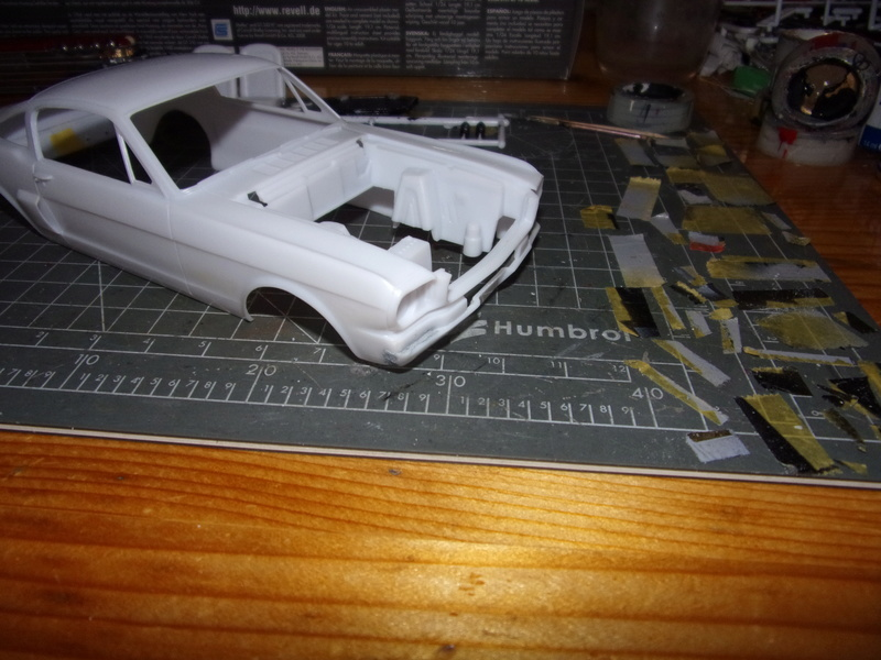 SHELBY MUSTANG GT350H [REVELL - 1/25éme] - Page 2 102_4793
