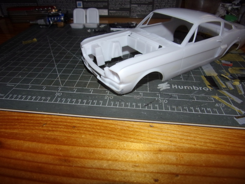 SHELBY MUSTANG GT350H [REVELL - 1/25éme] - Page 2 102_4794