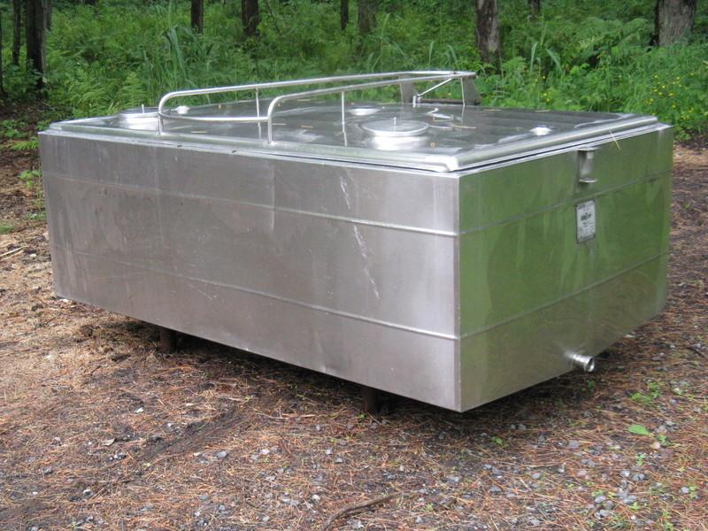Reservoir 300 gallons (Vendu) Tank111