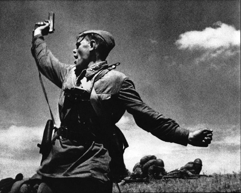 Les montres soviétiques commémoratives de la victoire  Tokare10