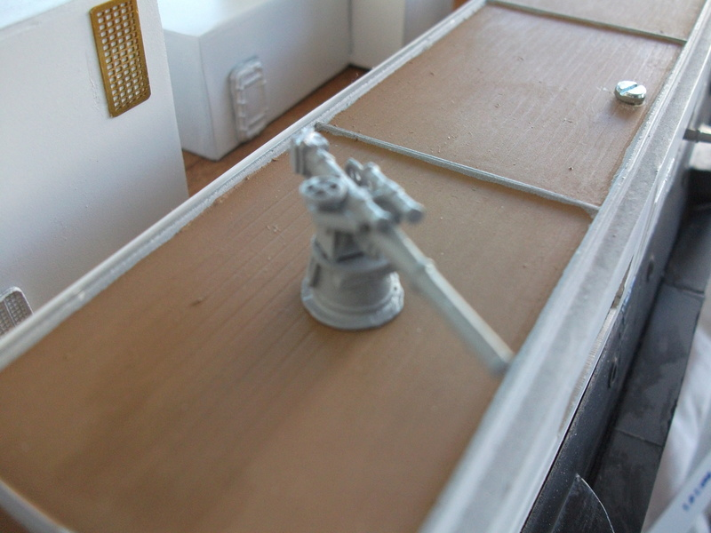 HMS HANNIBAL 1/96  (Predreadnought) DEAN'S MARINE - Page 7 Dscf2847