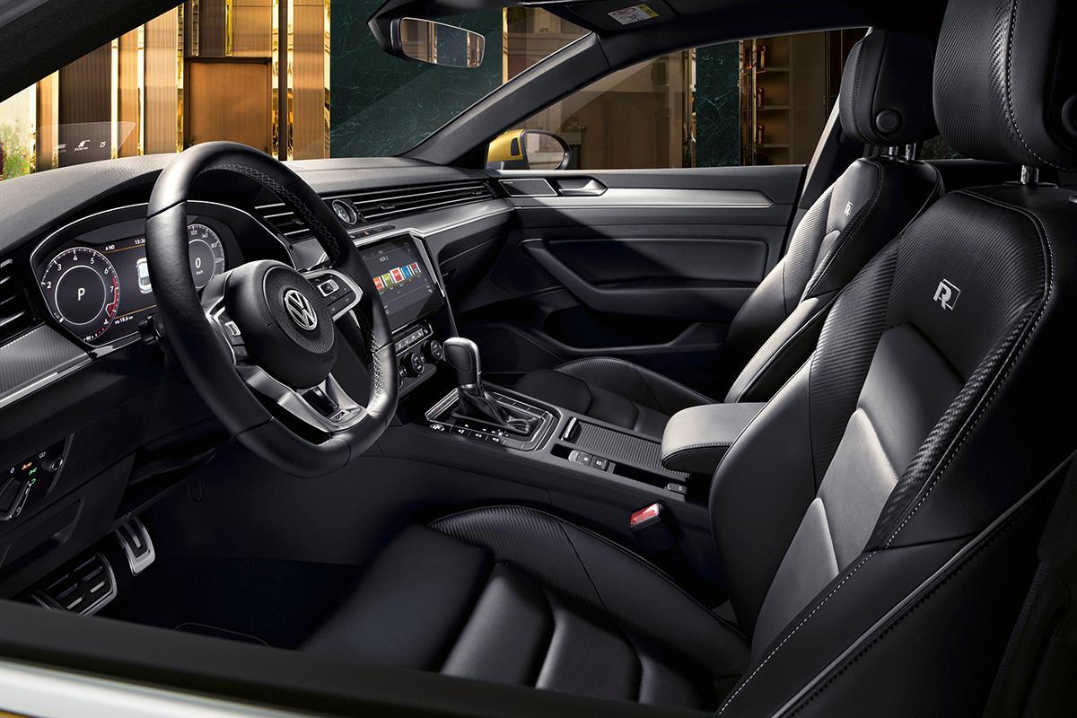 2016 - [Volkswagen] Arteon - Page 10 2018-v19
