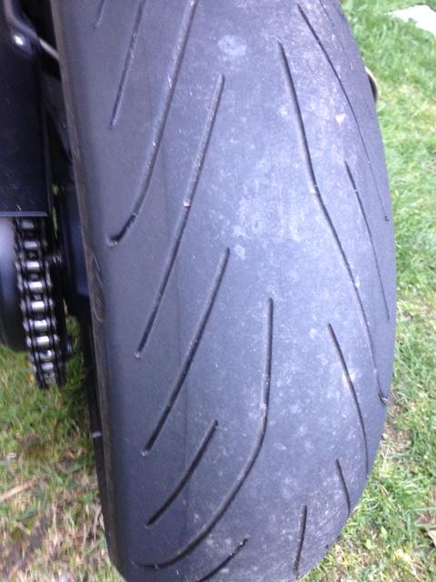 Usure bizare de mon pneu Pilot Power 3 - Page 2 Image21