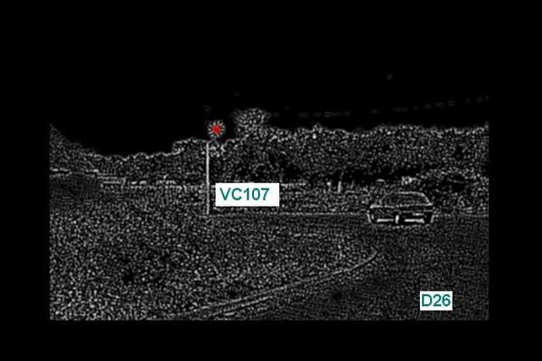 URECAT - UFO Related Entities Catalog - VF:   Les OVNIS vus de près 215