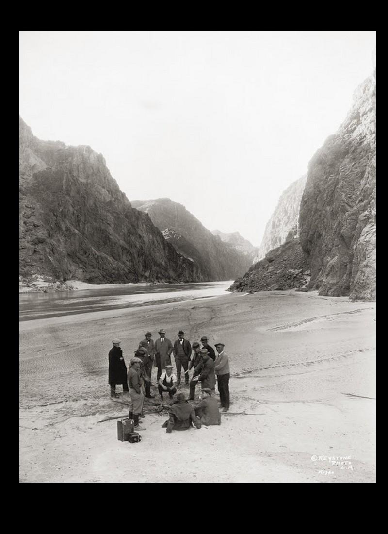 Un chantier colossal : le Hoover Dam  Sans_t67