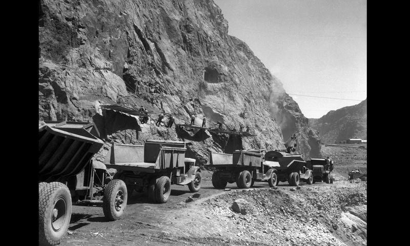 Un chantier colossal : le Hoover Dam  Sans_t72