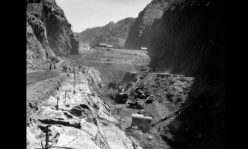Un chantier colossal : le Hoover Dam  Sans_t73