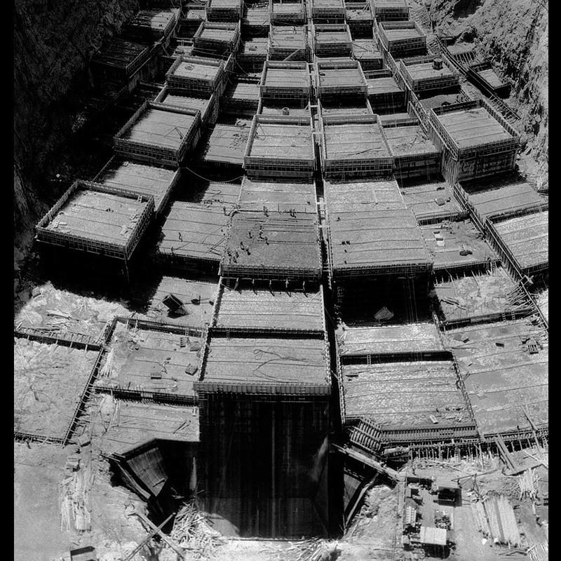 Un chantier colossal : le Hoover Dam  Sans_t76