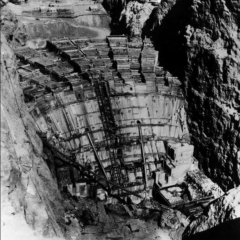 Un chantier colossal : le Hoover Dam  Sans_t77