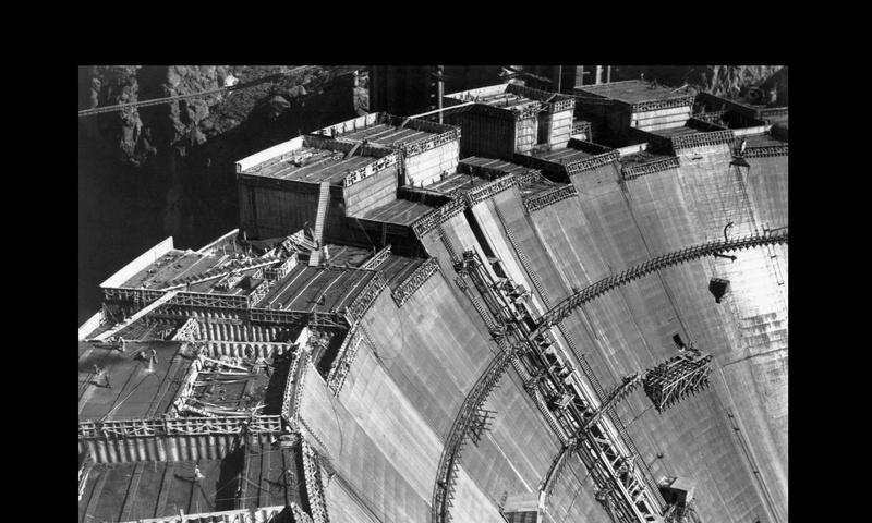 Un chantier colossal : le Hoover Dam  Sans_t81