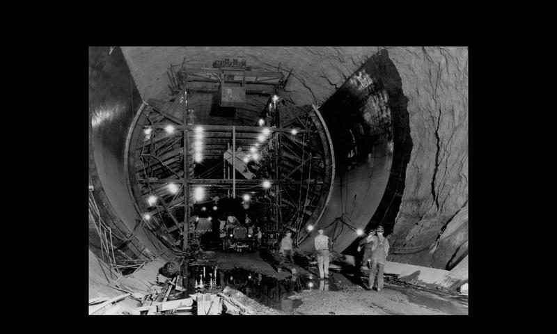 Un chantier colossal : le Hoover Dam  Sans_t83