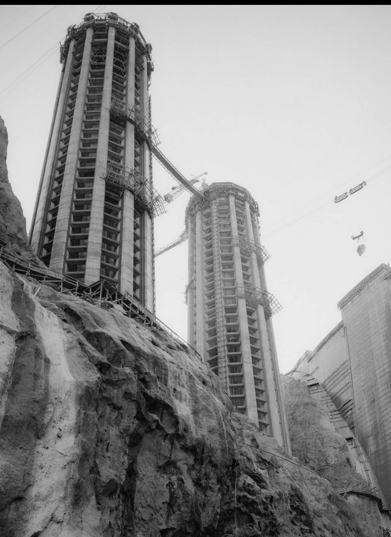 Un chantier colossal : le Hoover Dam  Sans_t84