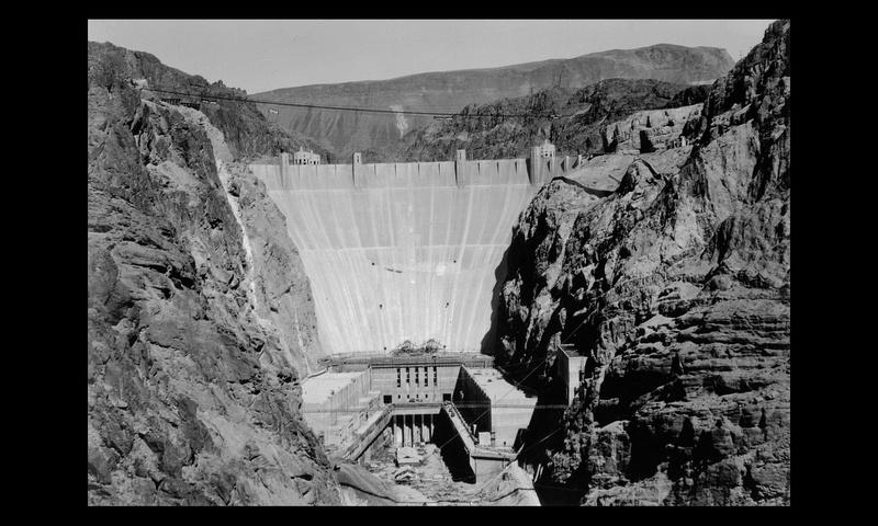 Un chantier colossal : le Hoover Dam  Sans_t89