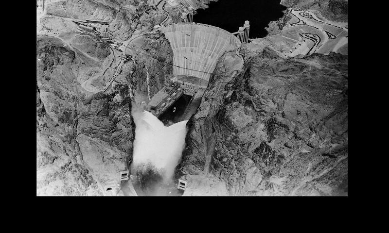 Un chantier colossal : le Hoover Dam  Sans_t93