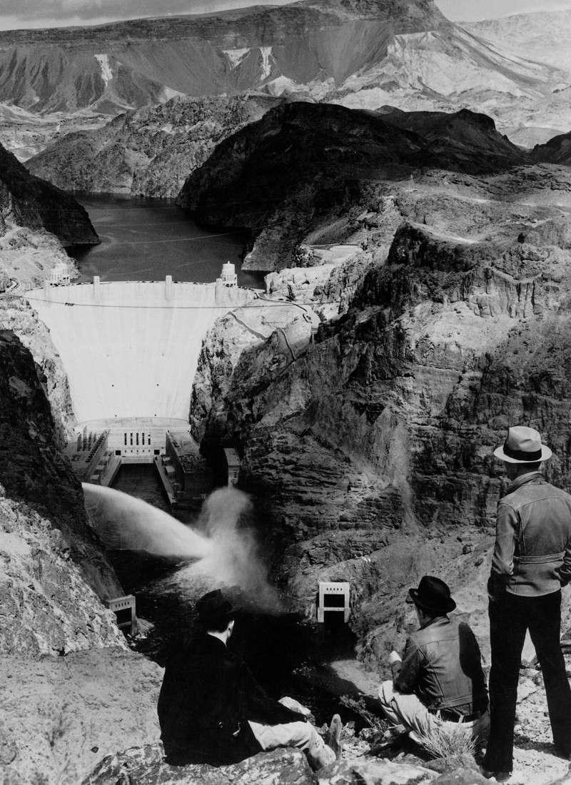 Un chantier colossal : le Hoover Dam  Sans_t94