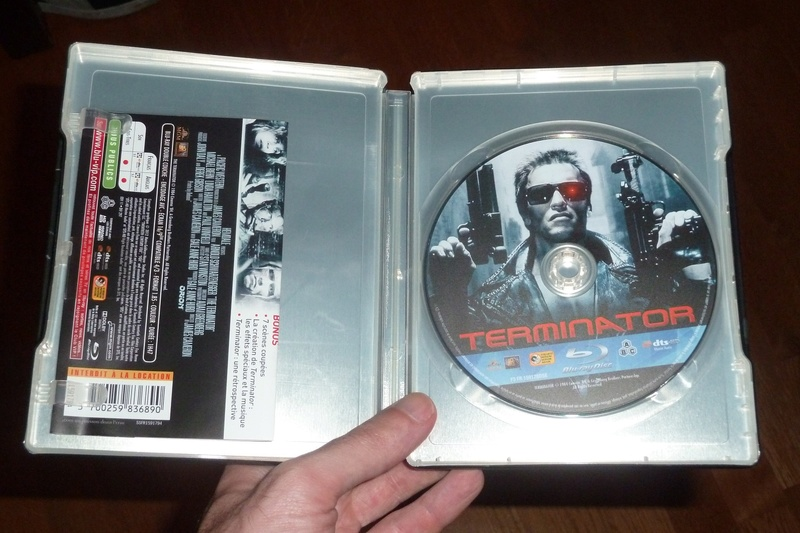 Les DVD et Blu Ray que vous venez d'acheter, que vous avez entre les mains - Page 4 P1080512