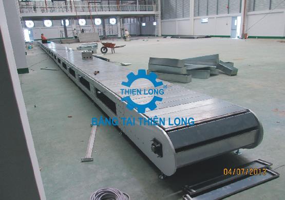 Nhận lắp đặt băng tải xích tấm inox chuyển hàng hóa  Bang-t14