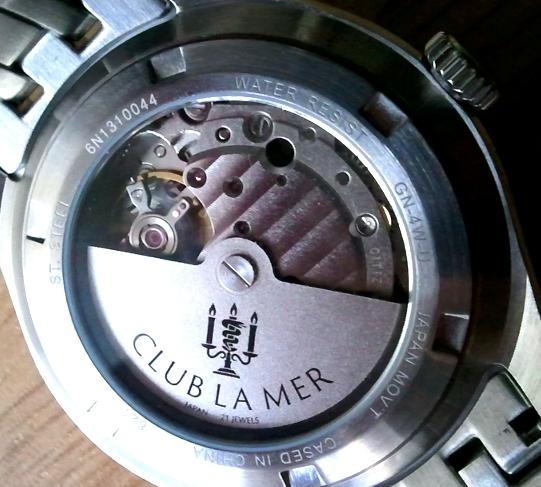 Revue Citizen Club la Mer 'Port Cassis Automatique' Thumba18