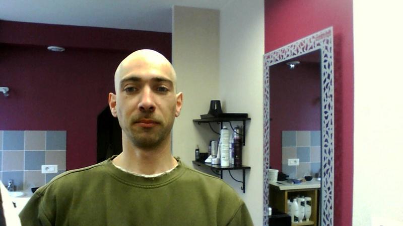 pouvoir mettre un visage sur un pseudo :) Win_2010
