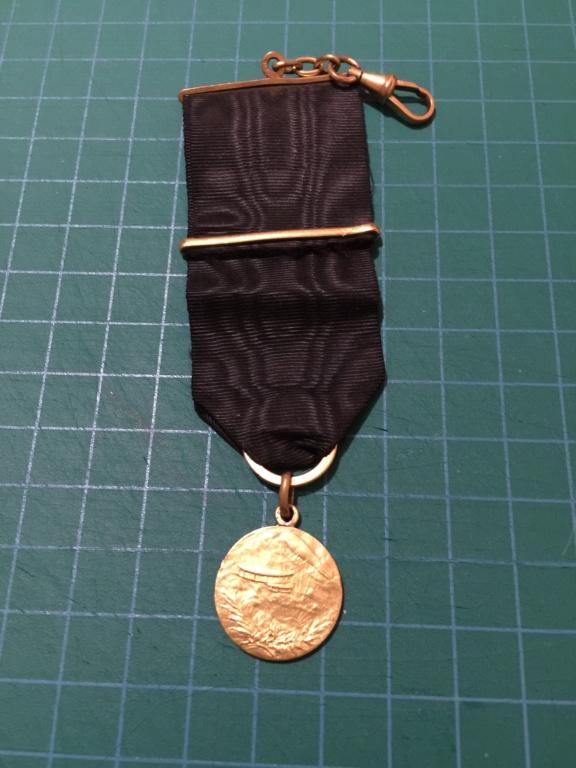 insigne  médaille aviation Img_0411