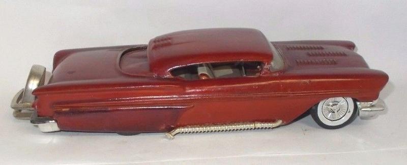 Vintage built automobile model kit survivor - Hot rod et Custom car maquettes montées anciennes - Page 9 1021