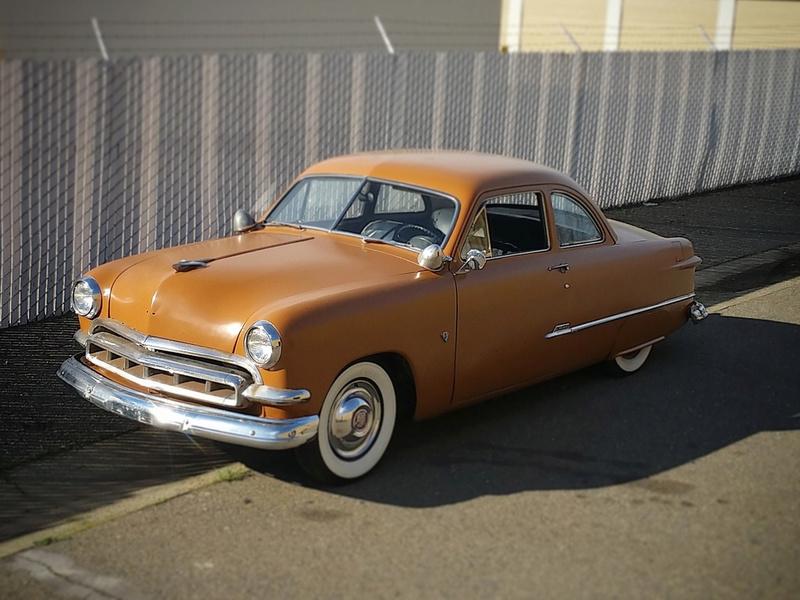 Ford 1949 - 50 - 51 (shoebox) custom & mild custom galerie - Page 24 110