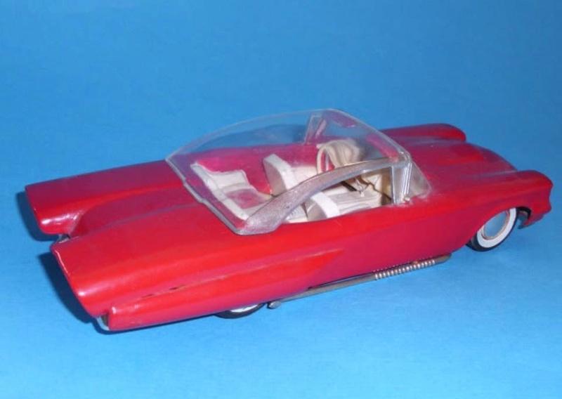 Vintage built automobile model kit survivor - Hot rod et Custom car maquettes montées anciennes - Page 8 16266010