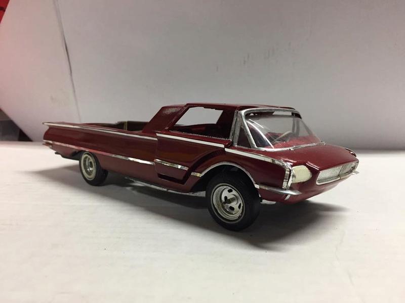 Vintage built automobile model kit survivor - Hot rod et Custom car maquettes montées anciennes - Page 8 17156010