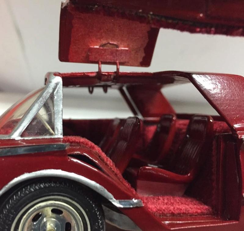 Vintage built automobile model kit survivor - Hot rod et Custom car maquettes montées anciennes - Page 8 17191210