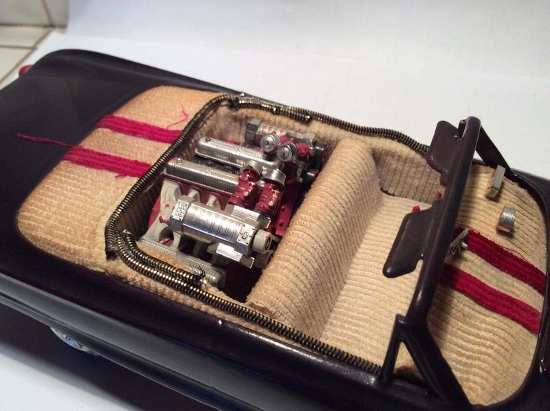Vintage built automobile model kit survivor - Hot rod et Custom car maquettes montées anciennes - Page 8 17504610