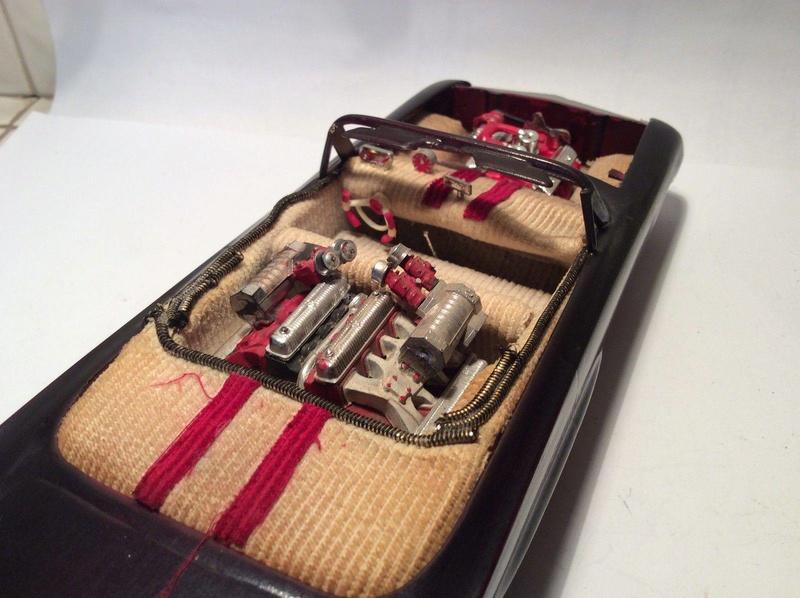 Vintage built automobile model kit survivor - Hot rod et Custom car maquettes montées anciennes - Page 8 17758410