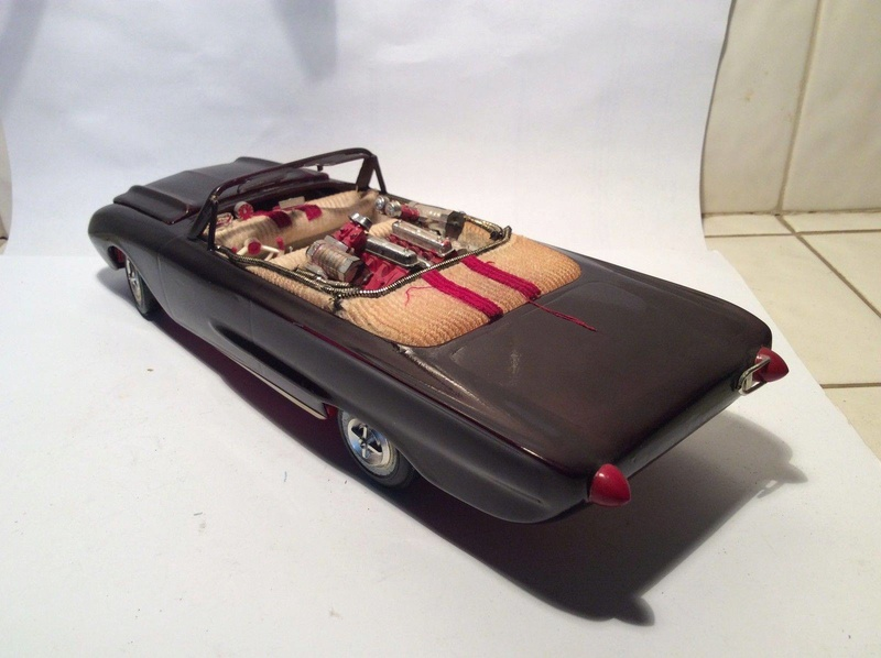 Vintage built automobile model kit survivor - Hot rod et Custom car maquettes montées anciennes - Page 8 17814210