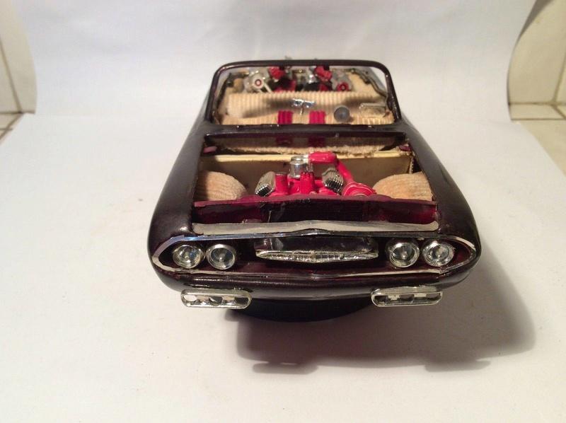 Vintage built automobile model kit survivor - Hot rod et Custom car maquettes montées anciennes - Page 8 17834410