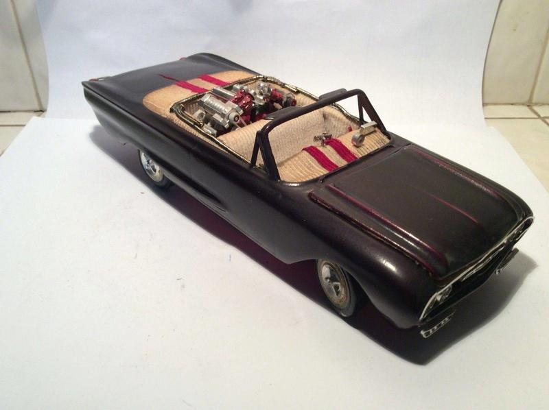 Vintage built automobile model kit survivor - Hot rod et Custom car maquettes montées anciennes - Page 8 17855410