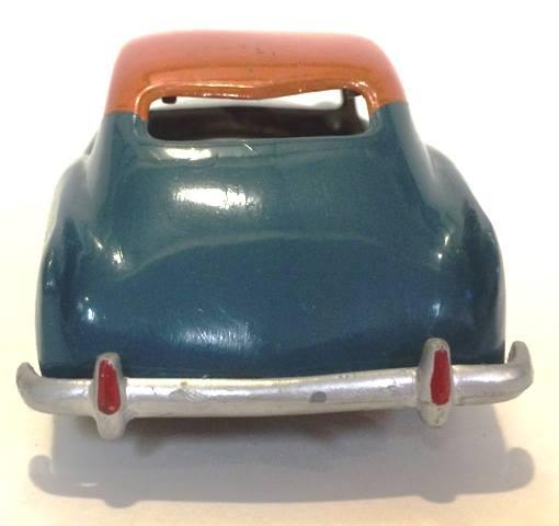 Vintage built automobile model kit survivor - Hot rod et Custom car maquettes montées anciennes - Page 8 17861813