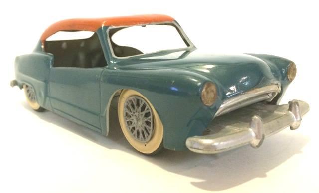 Vintage built automobile model kit survivor - Hot rod et Custom car maquettes montées anciennes - Page 8 17862710