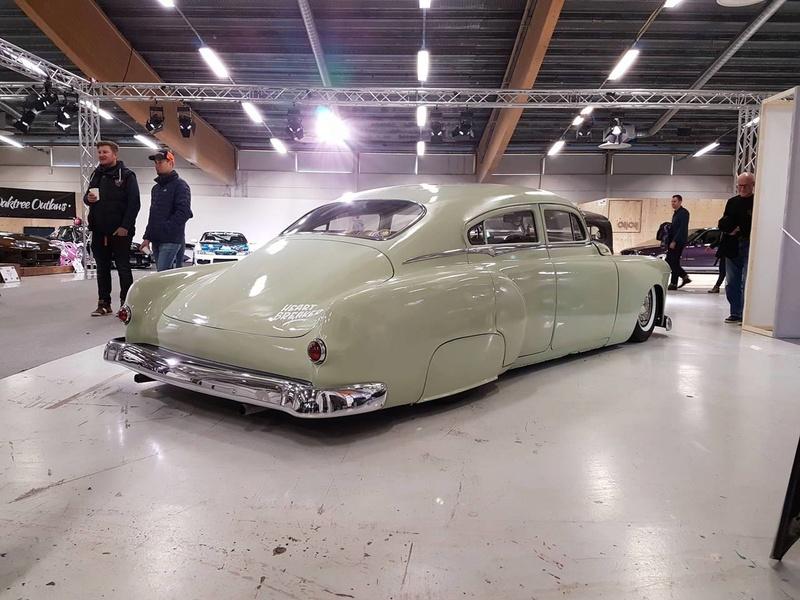 Pontiac 1949 - 54 custom & mild custom - Page 3 17917910
