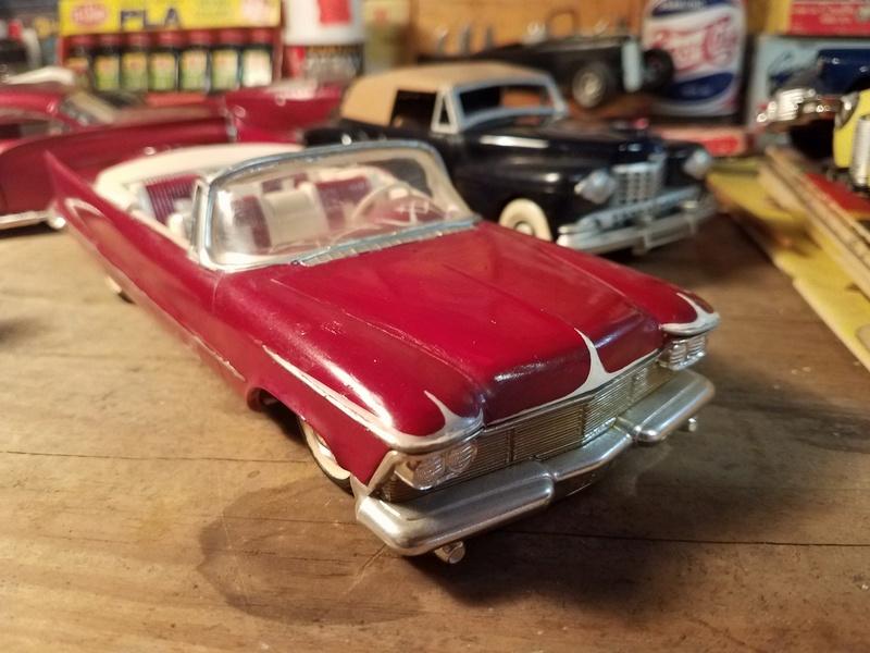 Vintage built automobile model kit survivor - Hot rod et Custom car maquettes montées anciennes - Page 8 18055910