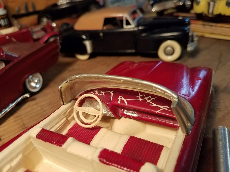 Vintage built automobile model kit survivor - Hot rod et Custom car maquettes montées anciennes - Page 8 18121410