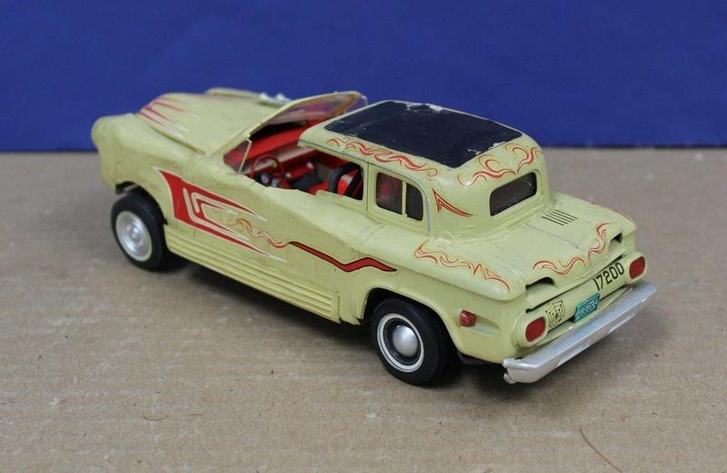Vintage built automobile model kit survivor - Hot rod et Custom car maquettes montées anciennes - Page 8 18155910