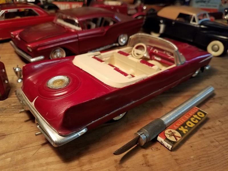 Vintage built automobile model kit survivor - Hot rod et Custom car maquettes montées anciennes - Page 8 18156611